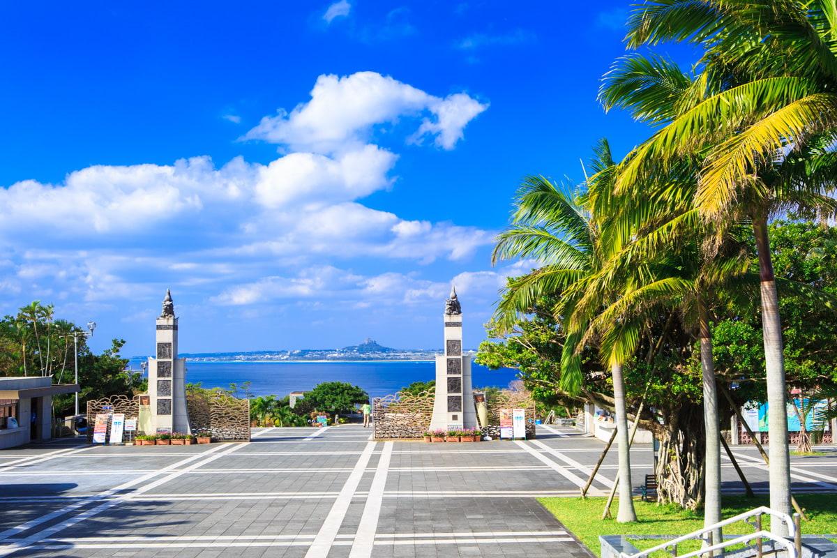 中央ゲート | 沖縄美ら海水族館 ...