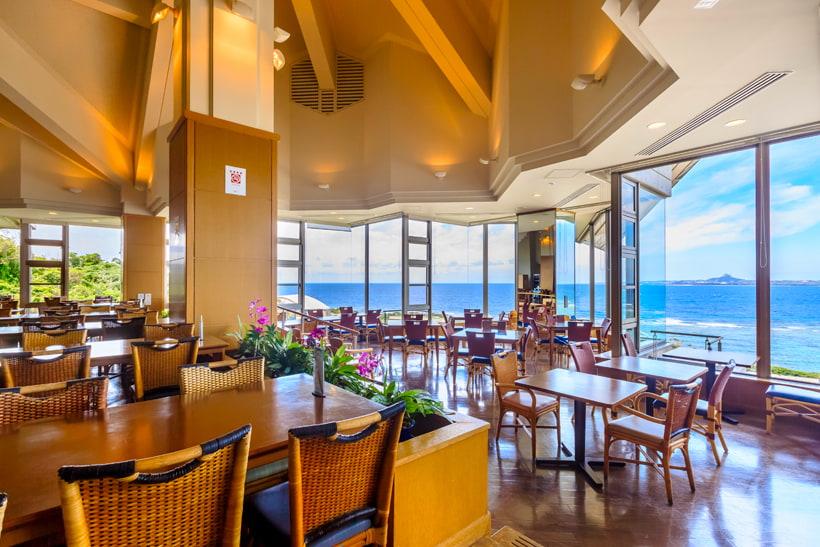 restaurants and shops okinawa churaumi aquarium for the next